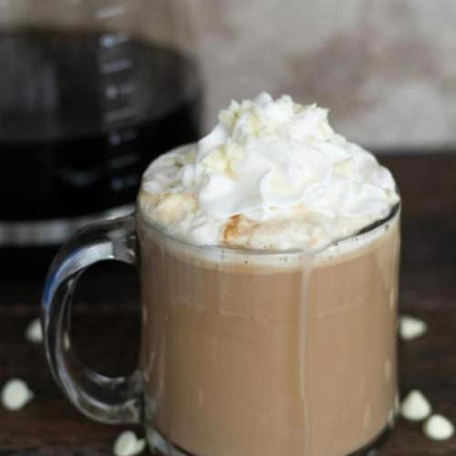 Easy White Chocolate Mocha – BEST Copycat Starbucks White Chocolate Mocha Recipe – EASY Homemade Coffee Drink