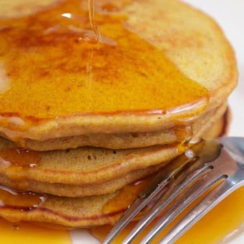 Easy Pancakes – {BEST} Homemade Fluffy Pumpkin Pancake Recipe
