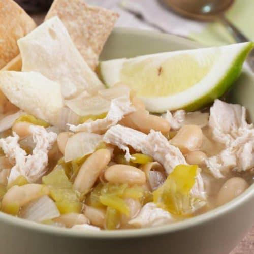 Easy White Chicken Chili – Best Homemade Crockpot Chili Recipe