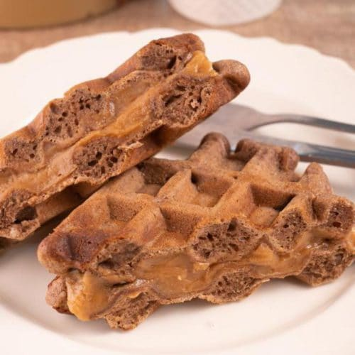 Easy Waffles – Best Homemade Peanut Butter Cup Waffle Recipe – {Easy} Breakfast – Dinner – Snacks – Desserts – Quick – Simple