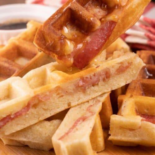 Easy Waffles – Best Homemade Stuffed Bacon Waffle Sticks Recipe – {Easy} Breakfast – Dinner – Snacks – Quick – Simples
