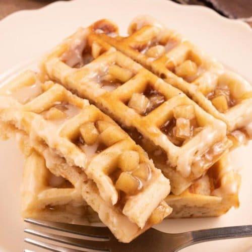 Easy Waffles – Best Homemade Stuffed Apple Fritter Waffle Sticks Recipe – {Easy} Breakfast – Dinner – Snacks – Quick – Simples